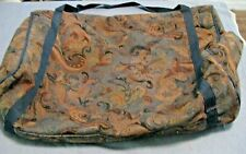 Large zippered carpetbag