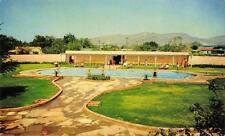 DEL CAMINO COURTS El Paso, Texas Swimming Pool Hwy 80 Roadside Postcard ca 1950s