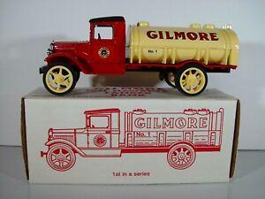 ERTL Gilmore 1st 1931 Hawkeye Tanker Truck 1/25 Diecast Coin Bank Mint in Box L2