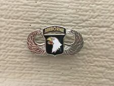 US ARMY 101ST AIRBORNE DIVISION LARGE MEASURES 1 1/2 INCHES WIDE PIN