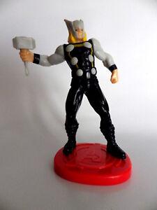 Figurine Avenger Thor Marvel & Subs On Base 14 CM