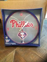 MLB PHILADELPHIA PHILLIES WALL CLOCK  NEW