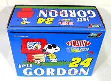 Jeff Gordon #24 Snoopy Peanuts 50th Annv 1/24 Diecast Car W/Snoopy figure & COA