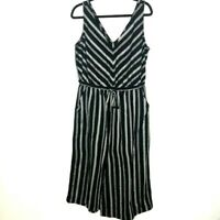 Gap Size Large Black White Cropped Jumpsuit Tie Waist V-Neck V-Back Sleeveless