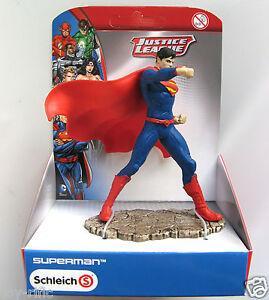 SCHLEICH JUSTICE LEAGUE REF 22504 - SUPERMAN IN FIGHTING STANCE - BRAND NEW!
