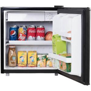 Mini Kühlschrank mit Gefrierfach 48LGefrierschrank Kühlbox Kühler Hotel  A+