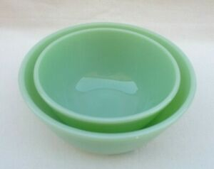 "SET OF 2 GENUINE MOSSER GLASS JADITE JADEITE MIXING BOWLS 8 3/4"" & 7 1/4"" VGUC !"