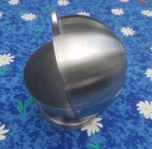 Windaschenbecher aus Edelstahl | neuwertig | 15cm Durchmesser | Kugelform
