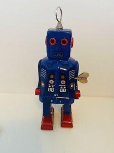 Vintage Windup Clockwork Tin Robot - Walking - Blue - 1415 / MS 403 - Unboxed