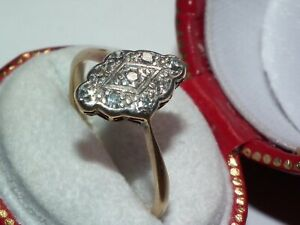 Beautiful c1910 Art Deco Solid 18ct Gold & Natural Diamond Marquise Shaped Ring