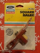 Ertl Ford New Holland 1987 Square Baler Die Cast Metal Tractor Trailor Toy!