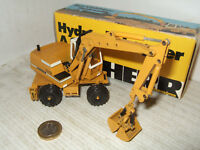 Conrad 2822  Hyd Excavator 922 for Liebherr Diecast Model in 1:50 scale.