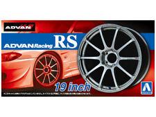 AOSHIMA NO.45 ADVAN RACING RS 19 INCH TIRE & WHEEL SET 1/24 Scale