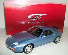 Véhicules miniatures bleus pour Porsche