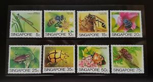 Singapore 1985 Insects Definitive 8v Stamps in Presentation Pack Mint NH (lot A)
