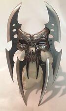 Fantasy Skull Mayhem Claw Gauntlet Knife