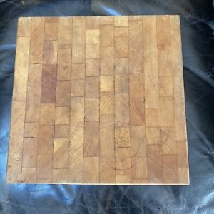 Vintage Butcher Block Chopping  Block With Feet, End Grain ,Excellent Condition