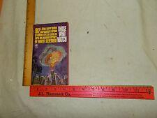 Science Fiction fantasy Paperback Flyer Saucer  Robert Silverberg Signet