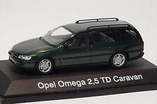 Schuco Opel Omega B Caravan 1:43,Dschungelgrün, Modellauto, Vitrinenmodell, RAR