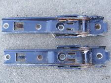 2004-05-06 Jeep Wrangler TJ  Rear Tail Gate Hinges blue