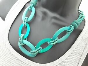56cm Turquoise Wood & Shell String Necklace ref:C282
