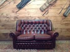 Divano Chesterfield 2 Posti Vintage Originale Inglese in Pelle Bordeaux