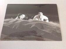 """LINO VENTURA - """"UN TAXI POUR TOBROUK"""" - PHOTO DE PRESSE  18x24cm"""