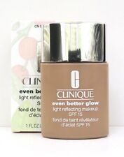 Clinique Foundation Even Better Glow Spf15 Shade Cn40 Cream Chamois 30 Ml