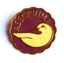 Spilla Assopiuma - Ass. Manufatturieri Italiani Articoli In Piuma E Piumino