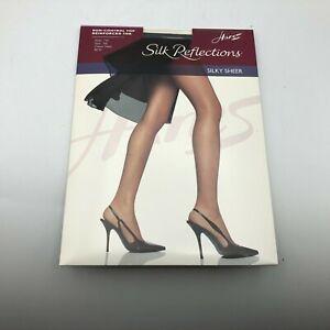 2003 NOS Hanes Silk Reflections Non Control Top Pantyhose 716 AB Classic Navy U3