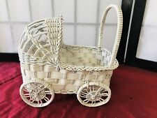 WICKER BABY CARRIAGE KNICK KNACK/CRAFTS