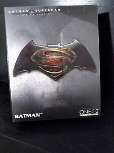 Mezco One:12 Collective Batman V Superman BVS BATMAN DC Action Figure AUTHENTIC