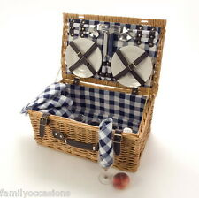 Christmas Hamper Wicker 4 personne Blue/White idéal To Fill with Christmas Goodies