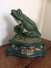 Vintage cast iron frog doorstop