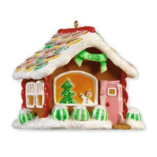 2010 HALLMARK ORNAMENT ~ Lollipop Street Noelville 5th Series Gingerbread QX8616