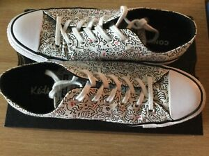 CONVERSE: White & Black Keith Haring OX Trainers size 8 Mens Boxed