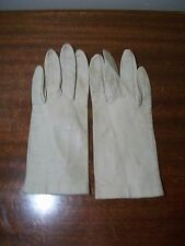 Vintage White Leather gloves made in italy Mantessa 6
