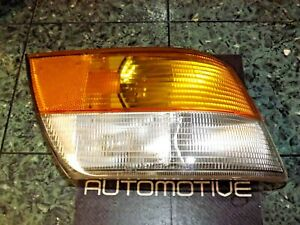 OEM 89-93 Saab 900 Hella front right corner blinker signal light lens lamp FR R