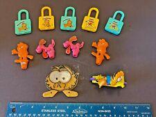 Lot of Kelloggs Cereal Premium Garfield Odie Twist Locks Pencil Topper Reflector
