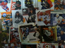 Lot of 100 Assorted Hockey Cards