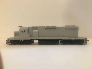 Kato HO Scale EMD SD38-2 Undecorated