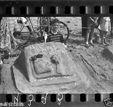 Vacances mer concours châteaux sable vélo lot 6 Anciens négatifs photos an. 1960