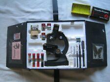 Alter Mikroskop Koffer von 1976 - wenige Fehlteile - RARITÄT !!!!