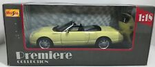 MAISTO PREMIERE COLLECTION THUNDERBIRD SHOW CAR YELLOW 1:18 SCALE DIE CAST!
