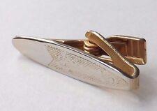 VINTAGE 1940s 1950s Fermacravatta Tie Pin Gold Tone Decorativa Faccia GRATIS P&P