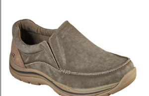 Skechers Avillo Slip-On Canvas Khaki, Size11