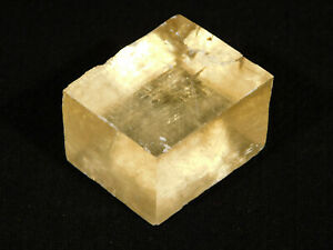 A Very Translucent! Iceland Spar HONEY Calcite Crystal Mexico 59.4gr