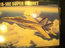 TRUMPETER-1/32-FA-18E  SUPER HORNET