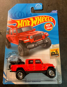 Hot Wheels CUSTOM '20 Jeep Gladiator with Real Riders