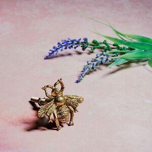 Sass & Belle Metal Gold Bee Vintage Cupboard Drawer Pull Door Handle Knobs